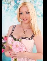 Bekijk fotoserie van blondydolll